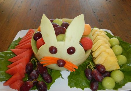 DIY Melon Bunny Fruit Platter