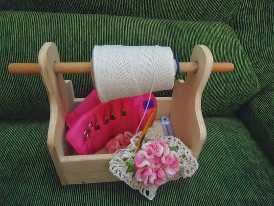 FabArtDIY Yarn holder Ideas and Projects 3