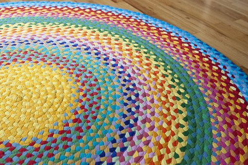 10 Fabulous DIY Ways to Recycle Old Tees - crochet t shirt rug tutorial