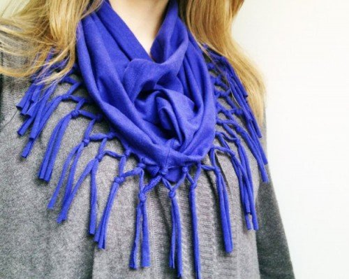 10 Fabulous DIY Ways to Recycle Old Tees - DIY t-shirt scarf tutorial