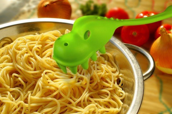 25+ Cool and Practical Kitchen Gadgets For Food Lovers - PASTASAURUS Pasta Server