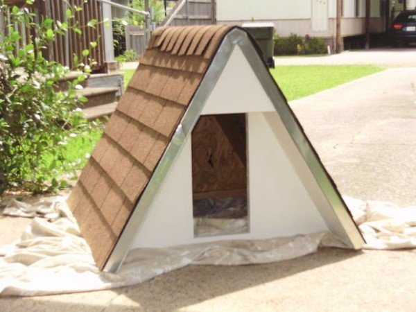 How to Build an insulated A-Frame doghouse for under $75
