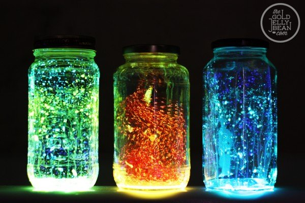 How to DIY Glow in the Dark Jars tutorials with video