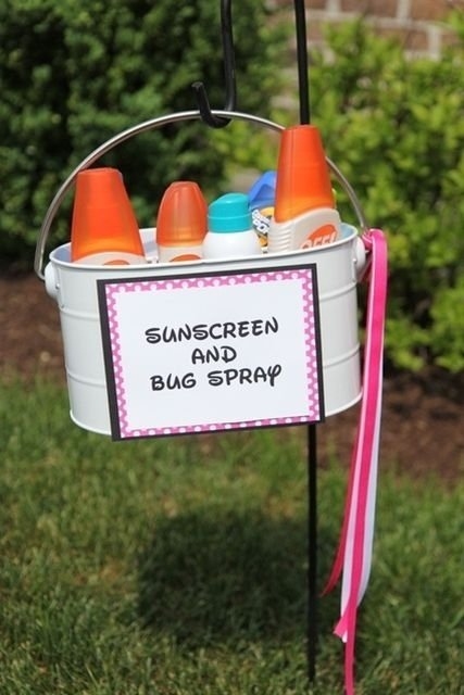 20 Outdoor Party Hacks You've Got To Try This Summer - Provide A sunscreen station!