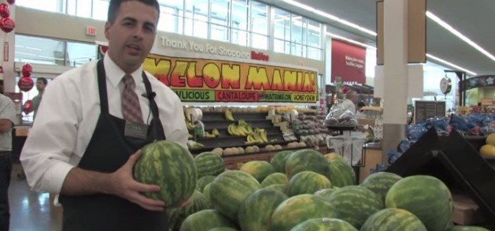 How to Pick a Ripe Watermelon (Video)