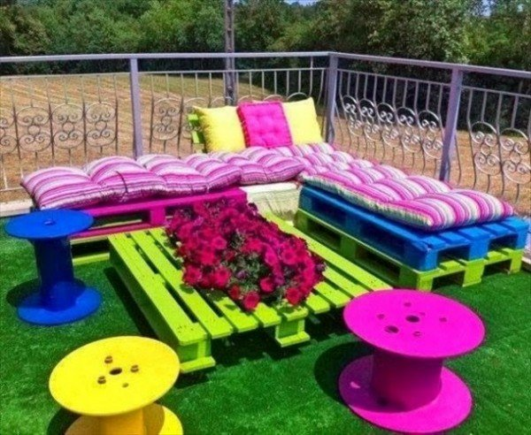 Source DIY Kids Pallet Furniture Ideas And Projects