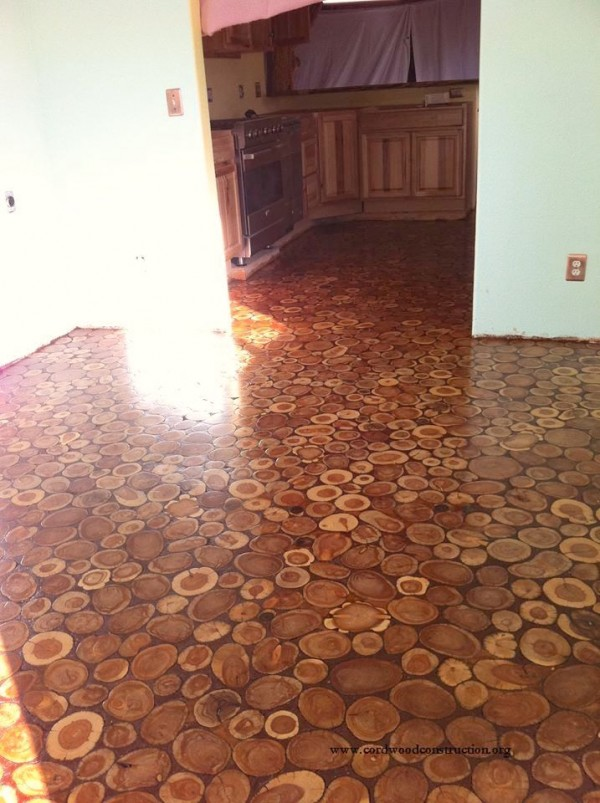 They Laid Wooden Discs On the Floor! The Result An Incredible Makeover