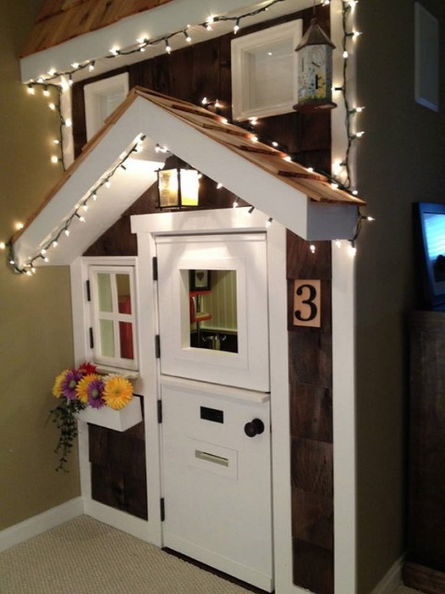10 Incredible Kids Under Stair Playhouse DIY Ideas and tutorial