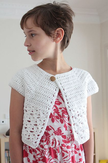 Free Crochet Pattern Cropped Sweater : DIY Crochet Cardigan Sweater Coat Free Patterns - The ...