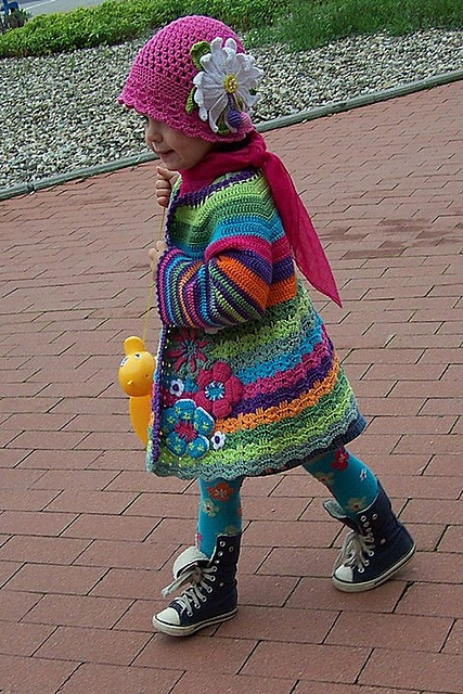 Crochet Flower Cardigan Pattern : DIY Crochet Cardigan Sweater Free Patterns