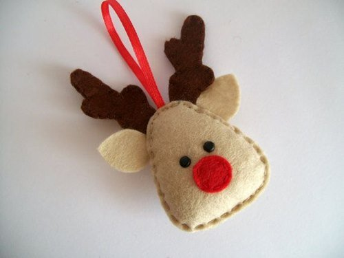 DIY Felt Christmas Ornament Tutorials - Free Templates Deer