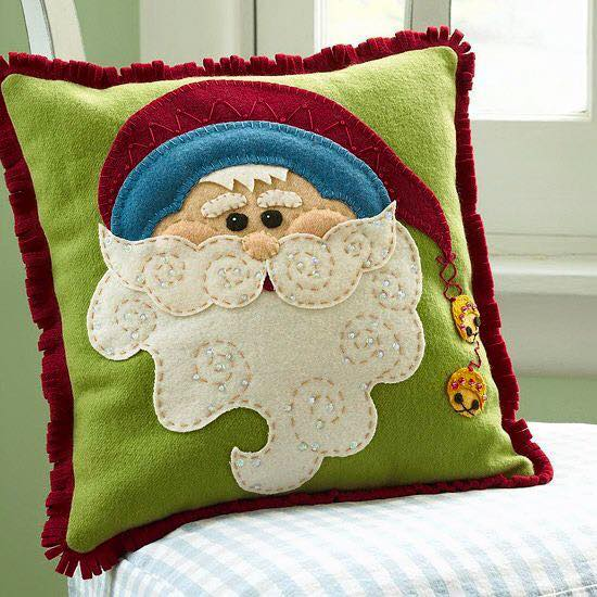 Christmas Craft: DIY Santa Claus Pillow Sewing Free Pattern