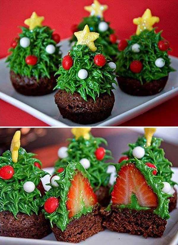 20+ Super Cute Christmas Treats DIY Ideas For This Holiday -Christmas Tree CupcakeTutorial