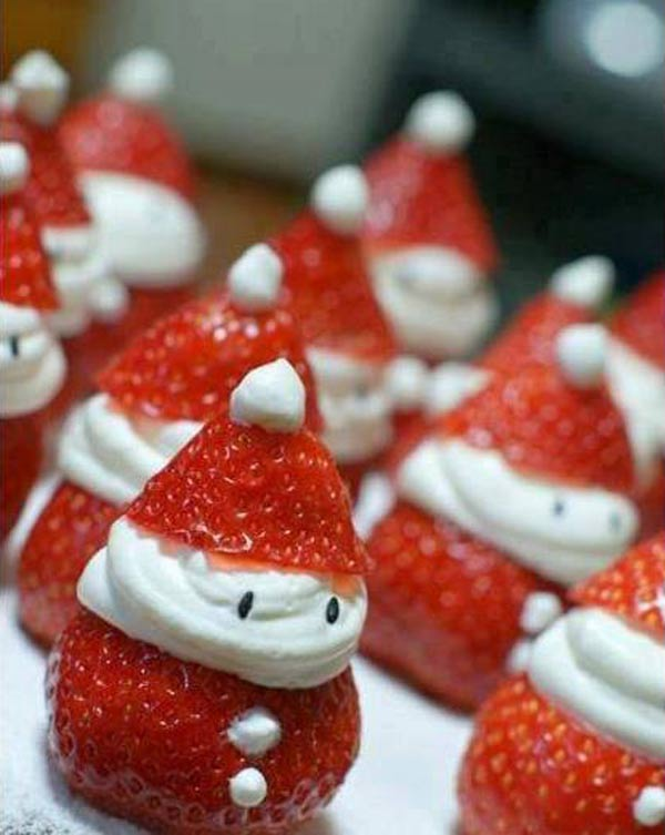 20+ Super Cute Christmas Treats DIY Ideas For This Holiday - Santa Strawberries Tutorial