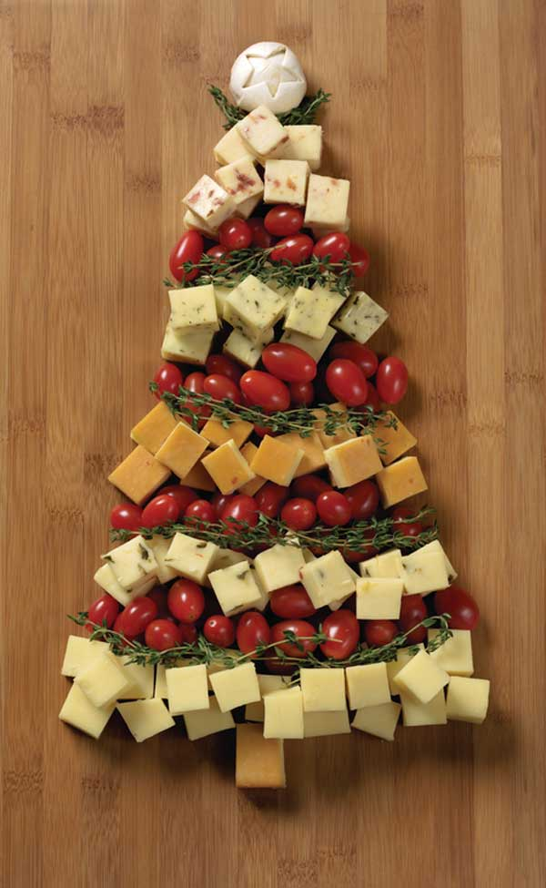20+ Super Cute Christmas Treats DIY Ideas For This Holiday - Festive Cabot Cheddar Tree Tutorial