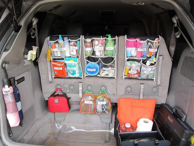 12 Brilliant Hacks To Keep Your Car Organized and Clean-Use Shower Caddy
