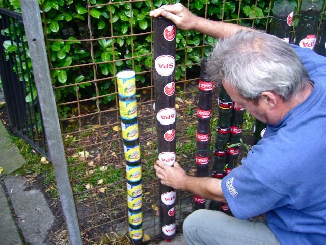 DIY Vertical Bottle Towel Garden (Video)