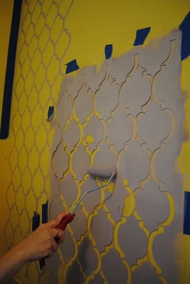 10 Low Budget DIY Home Decoration Projects-Stenciled Moroccan Wall
