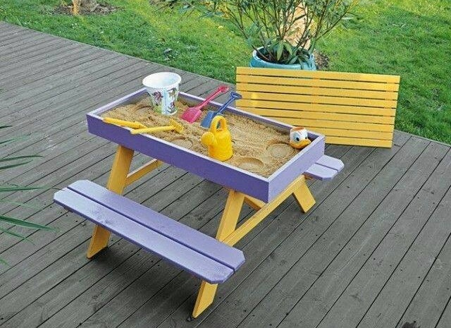 Diy sandbox picnic table two in one for Plan table de jardin en bois