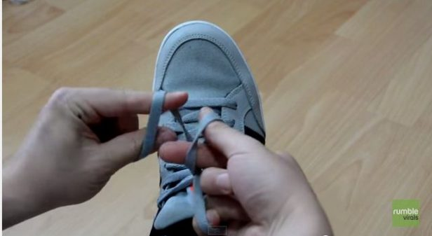 Hack to Tie a shoelace in 2 seconds
