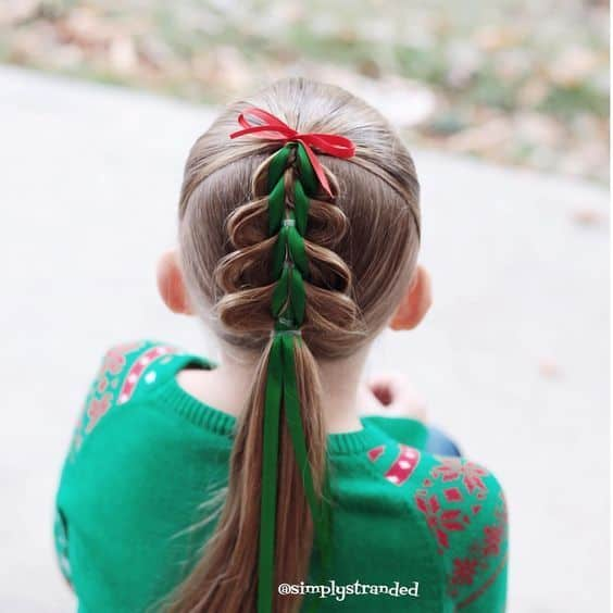 Festive Girls' Christmas Tree Holiday Hairstyle DIY Tutorials + Video