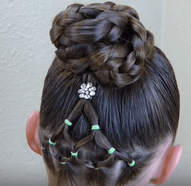 Festive Girls' Christmas Holiday Hairstyle DIY Tutorials